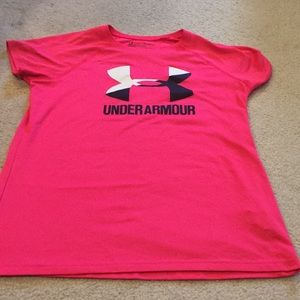 Under Armour hot pink tee shirt size YLG loose fit